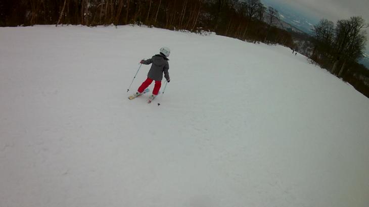 パパスキーヤーが教えるだれでもできるスキーメソッド「③楽してカッコよくターンが決まる体の向きの使い方」