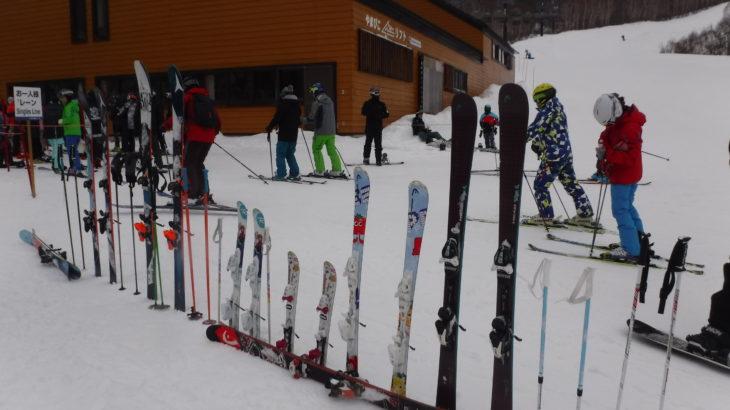 パパスキーヤーのスキーログ「18/12/23 野沢温泉スキー場でひろーい緩斜面とやっぱりおいしいゲレ食を楽しむ」