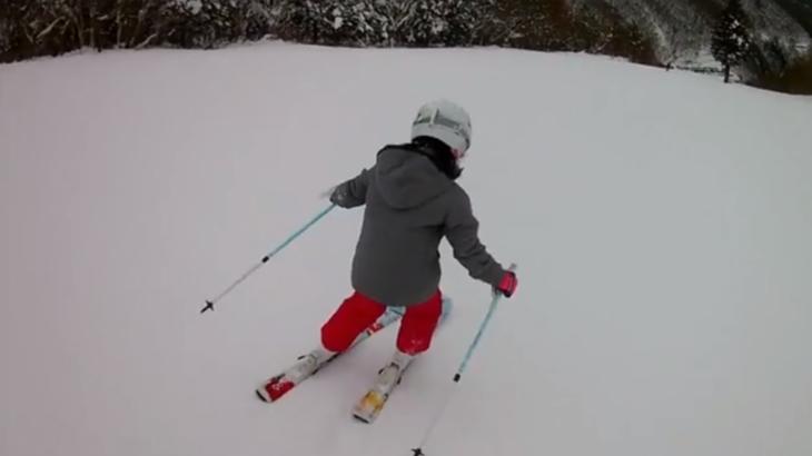 パパスキーヤーの子供スキー教室「初級編:ウェアの着せ方からパラレルターン導入までのまとめ」