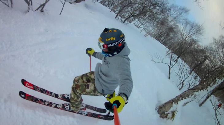 パパスキーヤーが教える誰でもできるスキーメソッド「⑬地に足着けて滑るだけじゃつまらない!!キッカーや地形でジャンプをキメる方法」