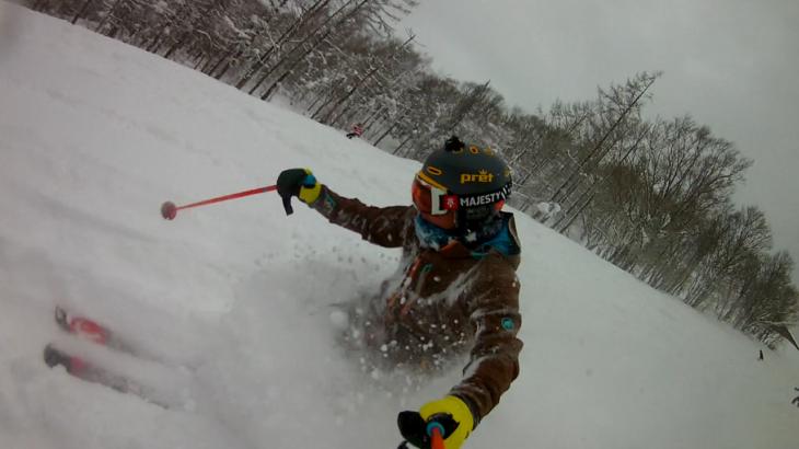 パパスキーヤーが教える誰でもできるスキーメソッド「⑫浮遊感がたまらない!!楽に気持ちよくパウダーを滑る方法」