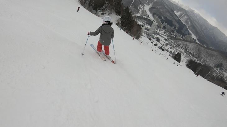 パパスキーヤーの子供スキー教室「中級編②板任せの滑りを卒業するための練習方法」