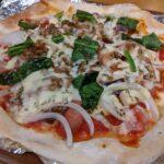 パパスキーヤーの楽ウマ料理「くせになるおいしさ!!!なっトマトピザ」
